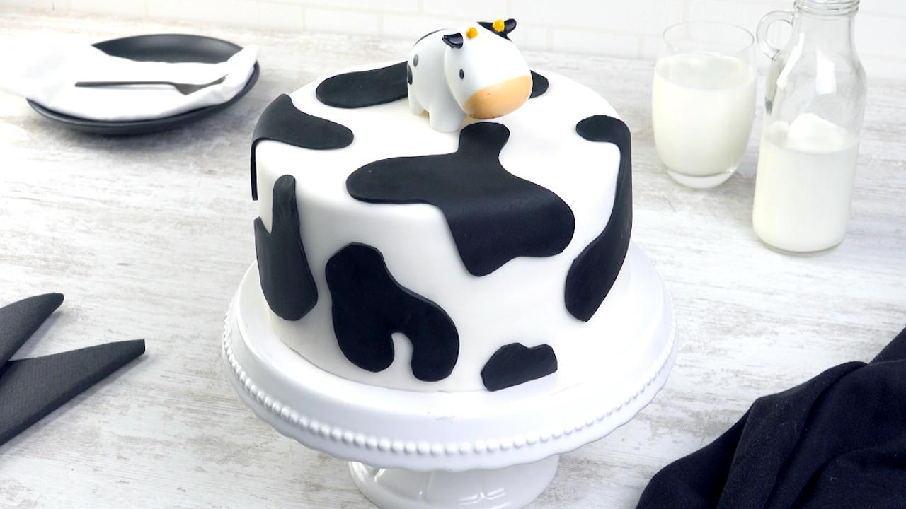 牛模様のケーキレシピ