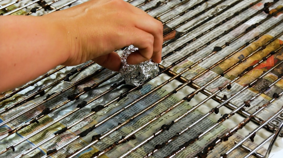 Clean Your Grill Easily