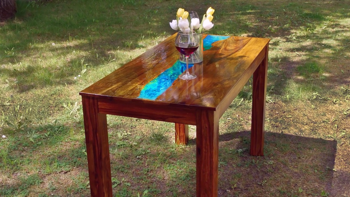 Glow-In-The-Dark Table