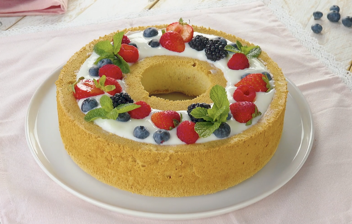 Angel Food Cake With A Creamy Fruit Filling